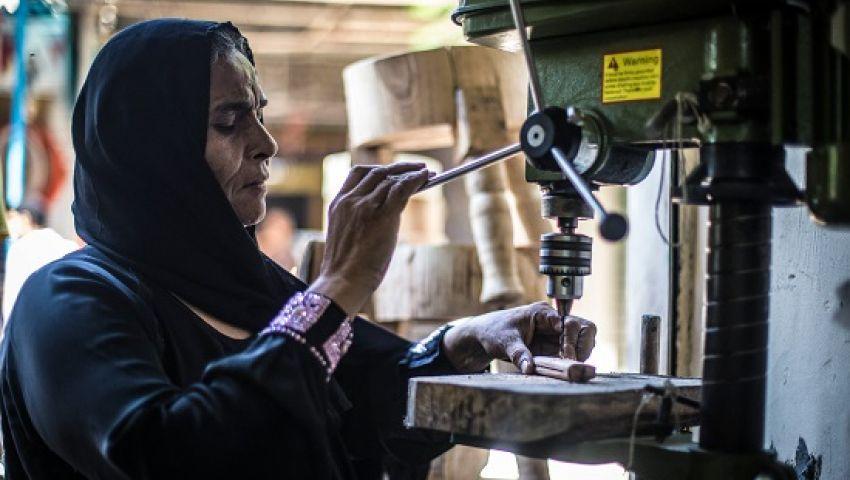 العمل الدولية: كورونا يعصف بالرواتب.. لكن النساء الأكثر تضررًا