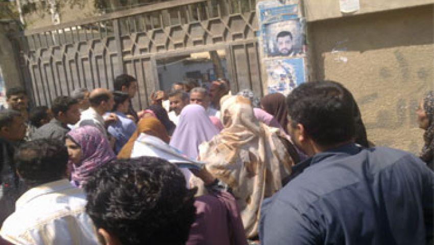 مدير مدرسة بالشرقية يتهم ضابطا بالجيش بصفعه