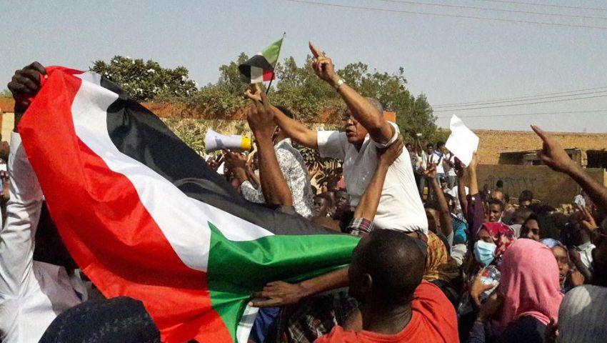 رغم مغازلات البشير|  بـ «موكب المعتقلين».. التظاهرات مستمرة في السودان