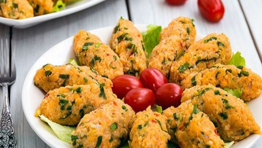 طريقة عمل كفتة العدس .. من المطبخ التركي