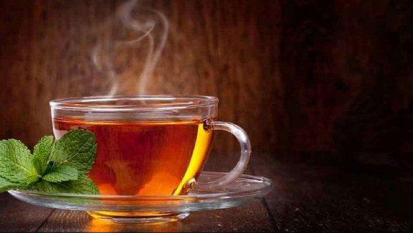 هاني الناظر يحذر: احترسوا.. الشاي الساخن يسبب الإصابة بـ «سرطان المريء»