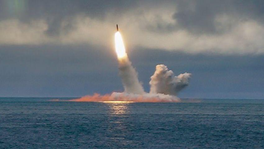 بالفيديو  للمرة الأولى .. روسيا تطلق صاروخًا عابرًاللقارات من غواصة