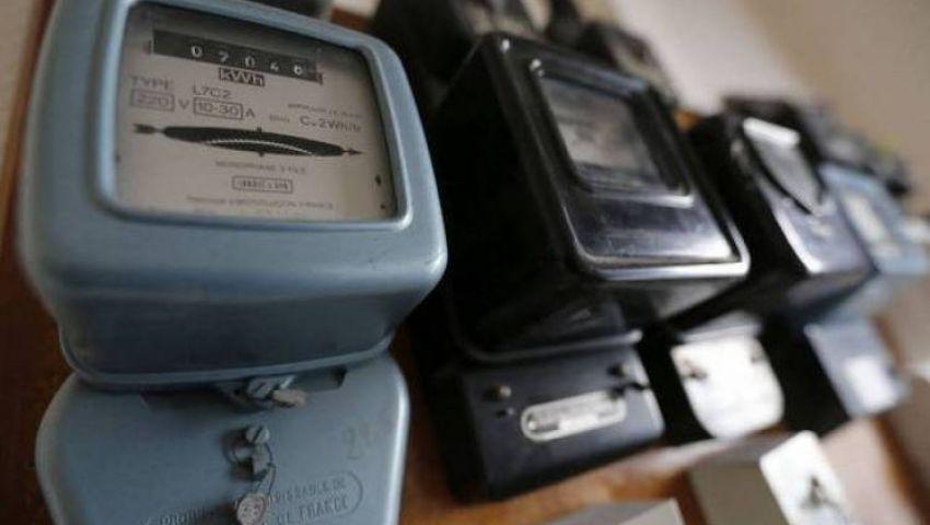بالأرقام.. زيادات جديدة في الكهرباء وتراخيص السيارات والمعاملات البنكية