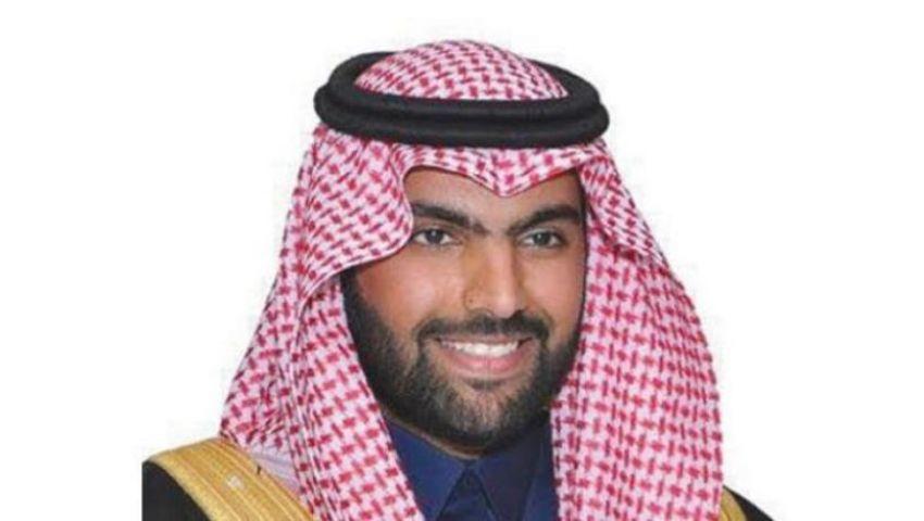 وزير سعودي يغرد بالصيني عبر «تويتر».. تعرف على السبب