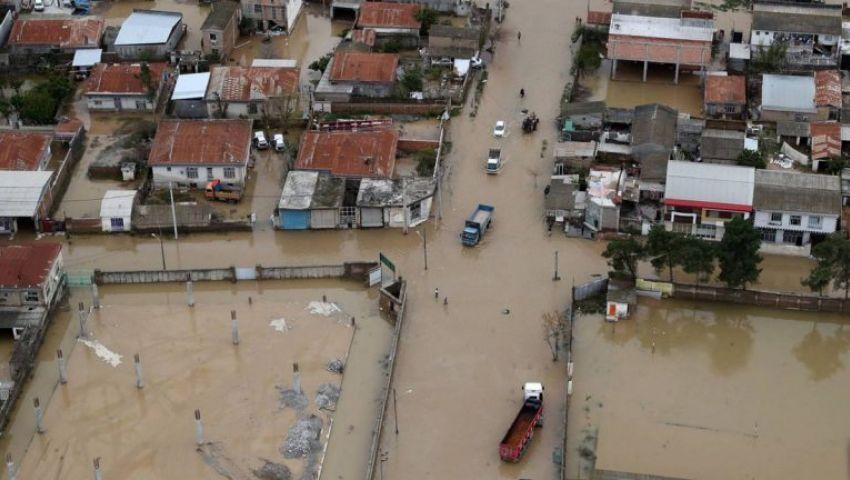 فيضانات وسيول وعشرات الجثث.. الطبيعة تقسو على الإيرانيين