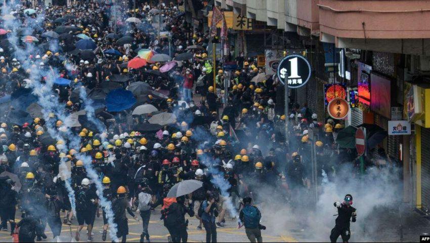 تُشيطن متظاهري هونغ كونغ.. هل تورط تويتر وفيسبوك في «حرب دعائية» لصالح الصين؟