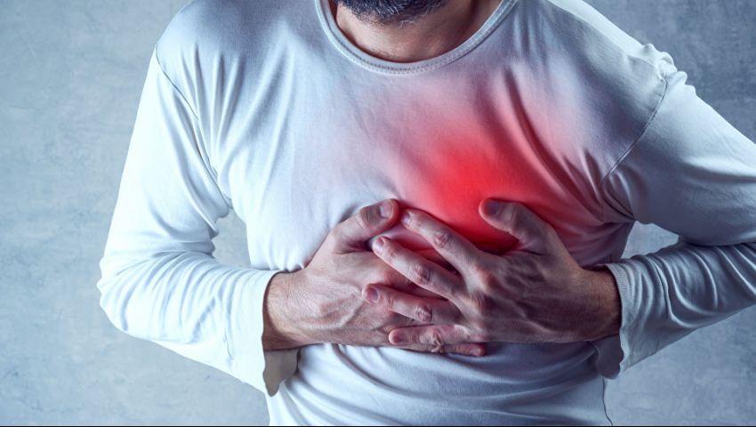 فيديو  قبل حدوثها.. 6 علامات تنذرك بالأزمة القلبية
