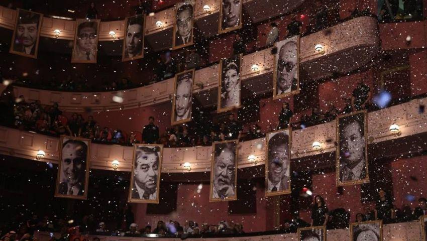 صور النجوم تنشر البهجة بانطلاق مهرجان المسرح العربي
