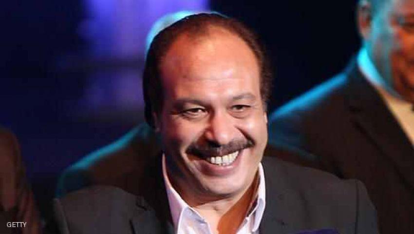 وصول جثمان خالد صالح مسجد عمرو بن العاص للصلاة عليه بعد الفجر