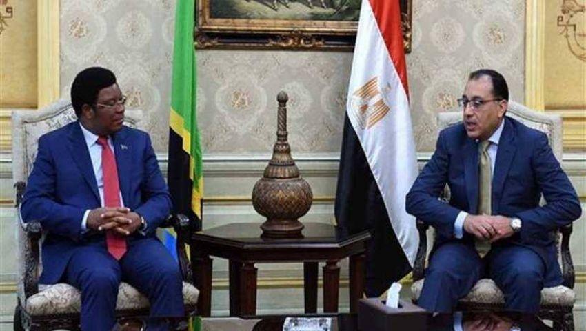 رئيس وزراء تنزانيا يدعو رجال الأعمال المصريين للاستثمار بالزراعة