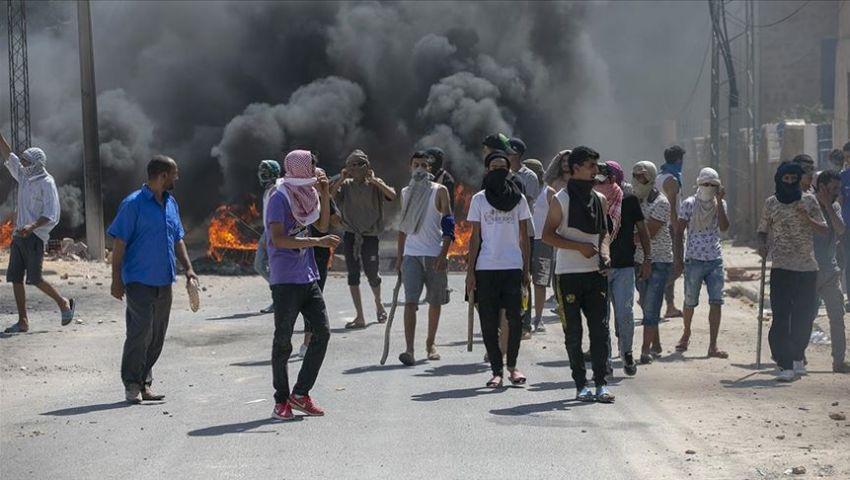 احتجاجات تطاوين تشعل تونس مجددًا.. ماذا يحدث في الجنوب؟