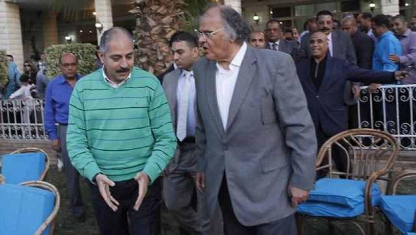الوزير وعلام ونجوم الأهلي ومجلس الزمالك في تشييع جثمان الغزال