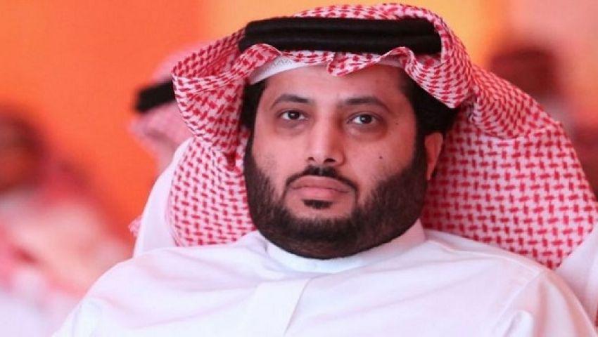 «آل الشيخ» يقاضي صحفي بسبب هجومه عليه بـ «تويتر»