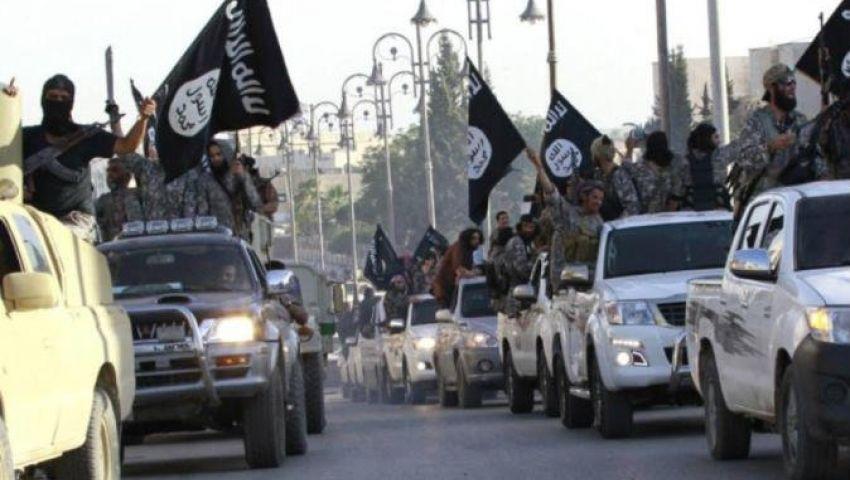 فيديو  يملك 20 ميلًا فقط  في سوريا.. داعش يلفظ أنفاسه الأخيرة