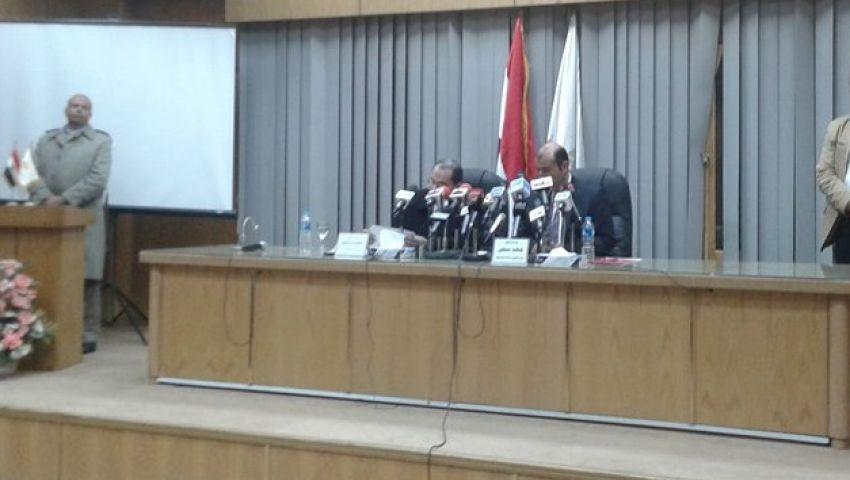 وزير الزراعة: لن نسمح باستيراد قمح يضر المصريين
