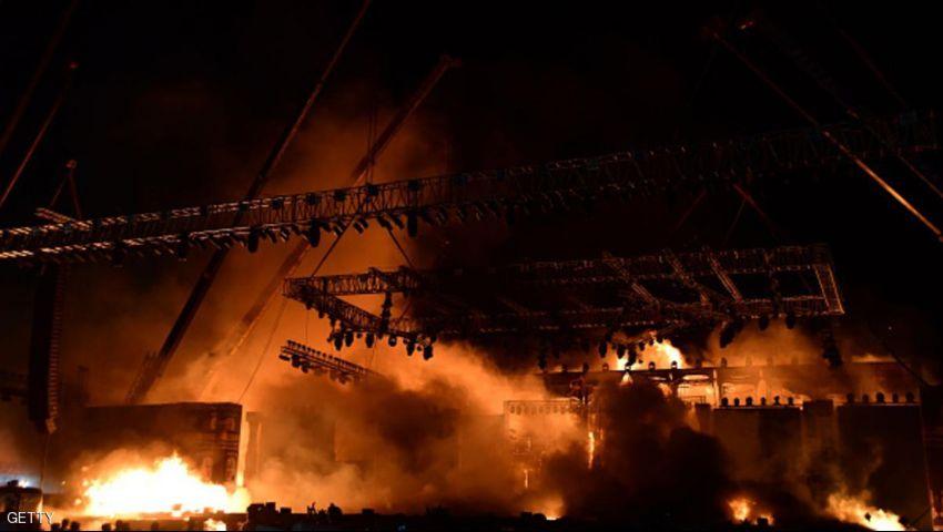 مقتل العشرات في حريق بمعبد هندي