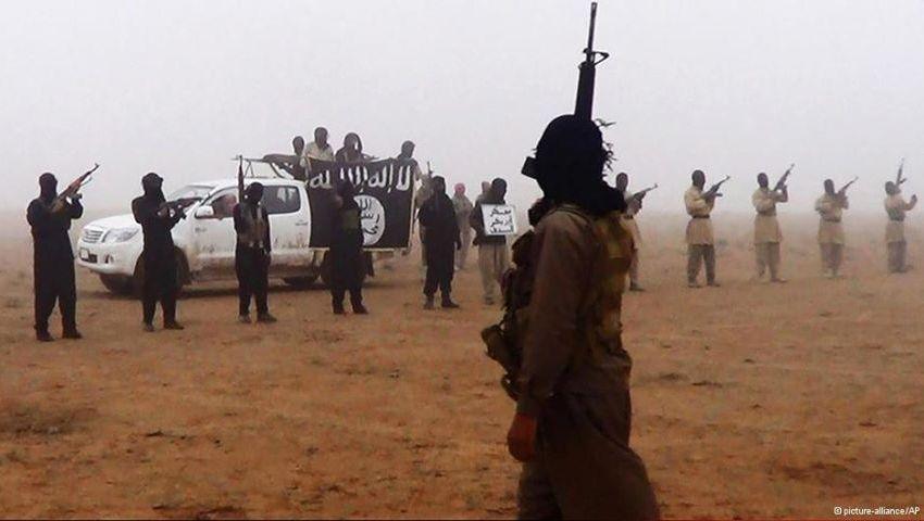 ديبكا: الدولة الإسلامية أقوى مما نعتقد