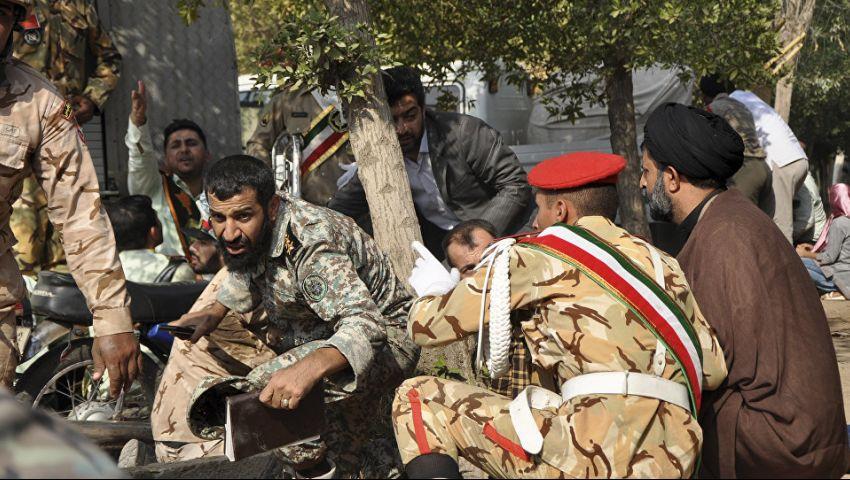 فيديو وصور| مقتل 11 عنصرا من «الحرس الثوري» في هجوم استهدف عرضا عسكريا