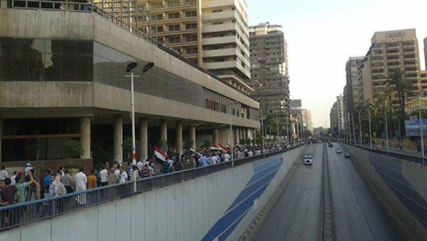 مسيرة مؤيدة لمرسي وأخرى للسيسي بالدقي