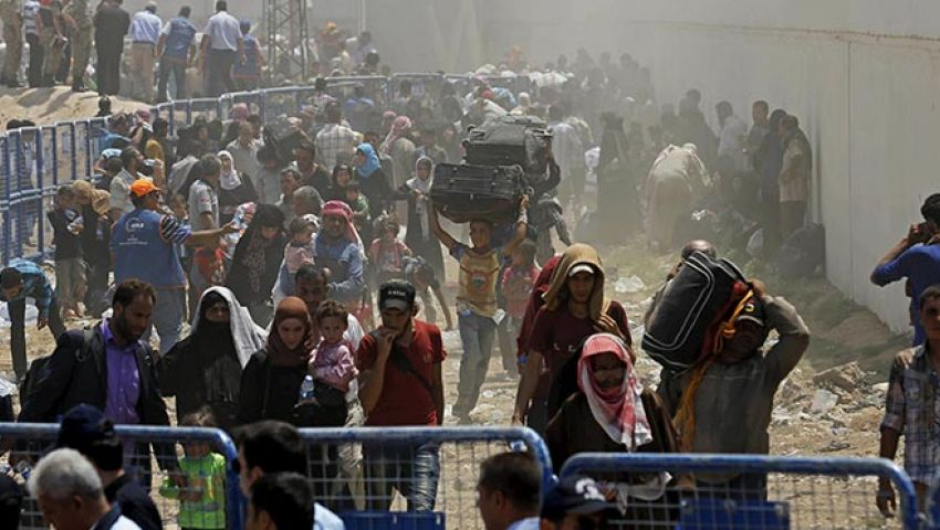 «العنف» يُغرِق الشمال السوري بأزمة نزوح هائلة