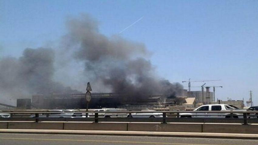 حريق بميناء جدة يلتهم 3 حاويات