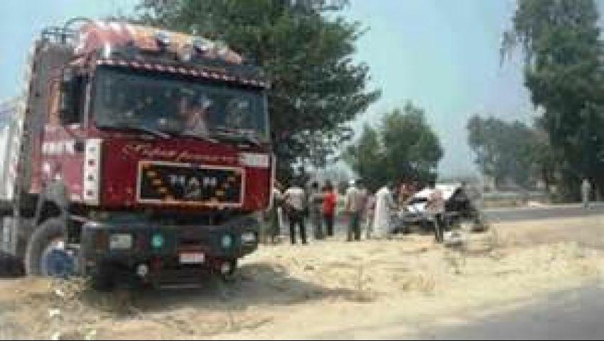 إصابة 15 في انقلاب 4 سيارات نقل وأوتوبيس بسوهاج