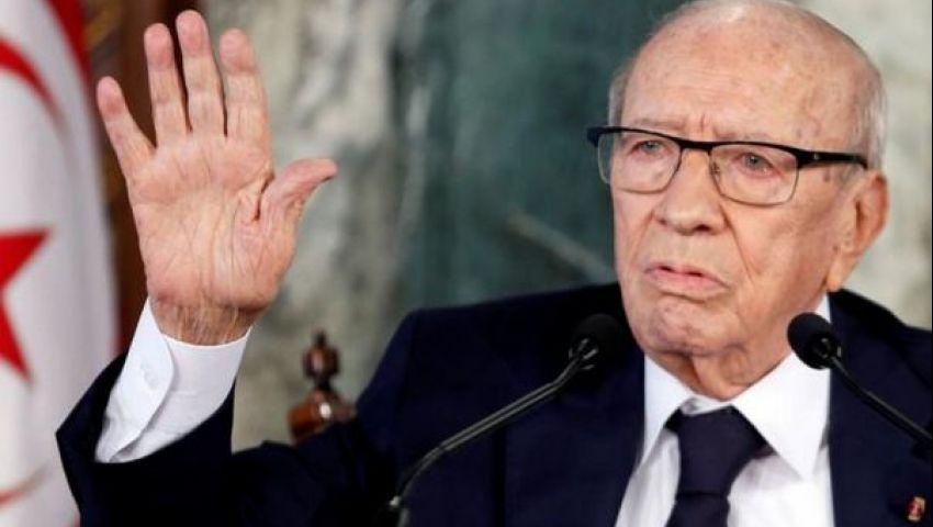 عقب وعكته الصحية.. السبسي يدعو لانتخابات تشريعية ورئاسية في تونس