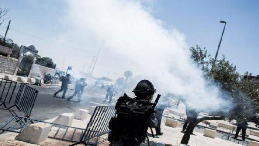 اصابة 31 فلسطينيًا في مواجهات عقب مصرع فلسطينيين دهسًا
