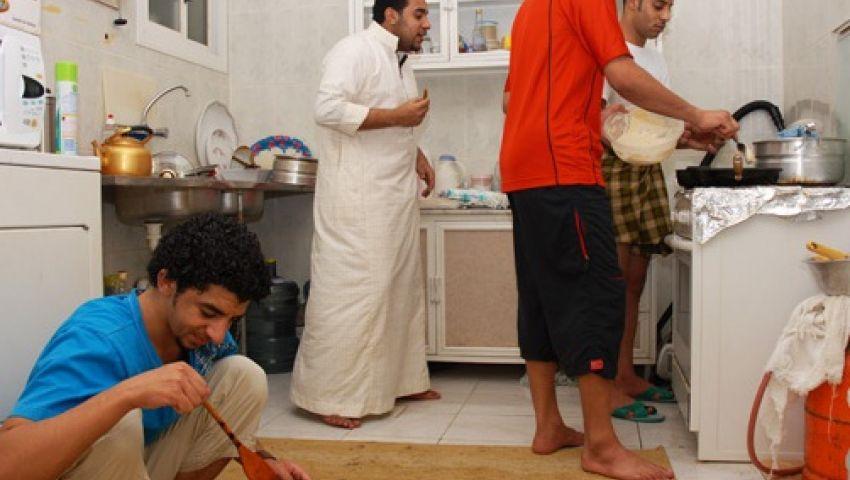 رمضان في شقق المغتربين.. لمّة وسهر وأرز محترق