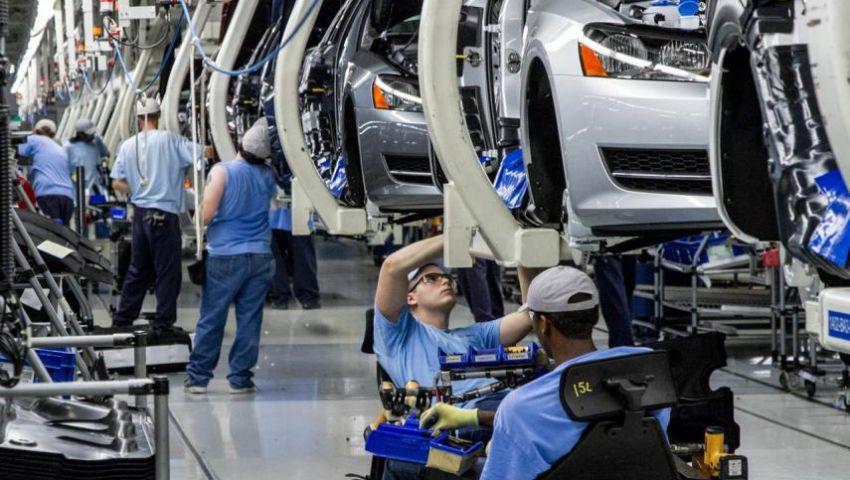 بينها دعم الصادرات وأسعار الطاقة.. 5 عوائق تواجه الصناعة