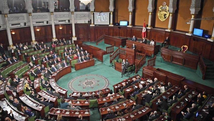 في تونس.. قانون الانتخابات يشعل الساحة السياسية مجددًا