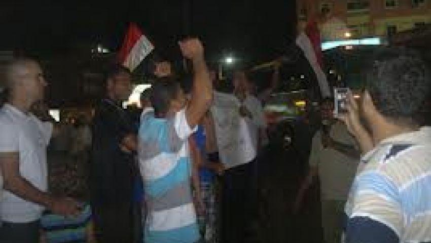 مسيرات حاشدة بالآلاف تؤيد الجيش والثورة