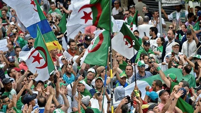 الفرنسية: استحالة إجراء الانتخابات الرئاسية في موعدها..ضربة للجزائريين