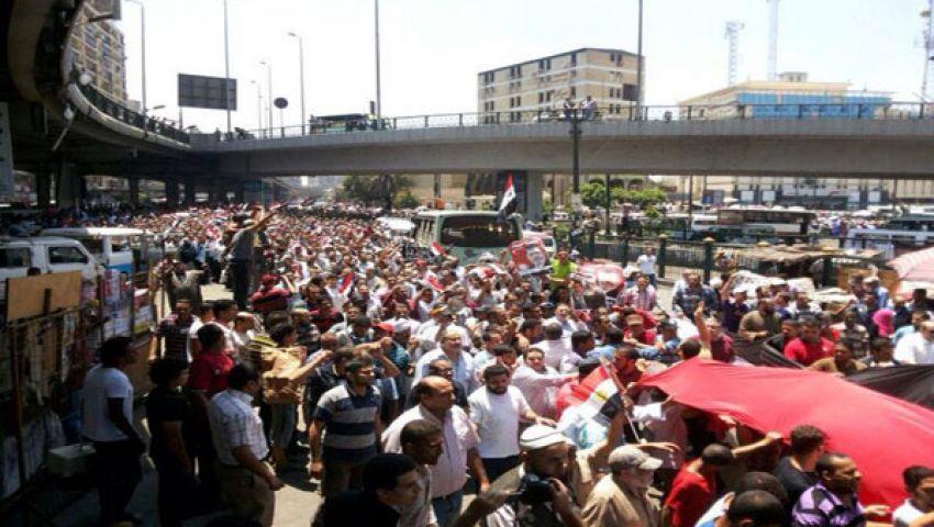 مسيرات حاشدة في القاهرة تطالب بعودة مرسي والدستور