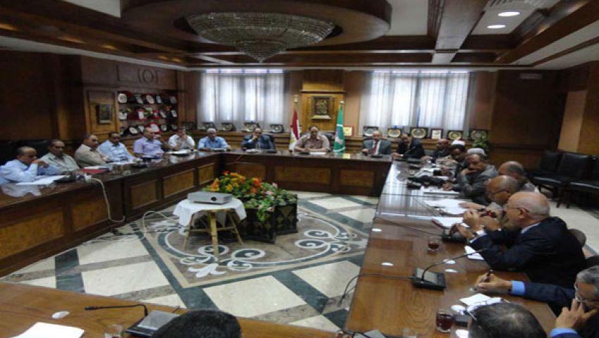 لجنة عليا لمتابعة سير العملية التعليمية بالمنيا