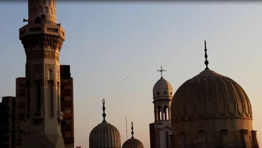 فيديو| «صلوا فى بيوتكم».. قصة إغلاق المساجد والكنائس داخل مصر خوفا من كورونا