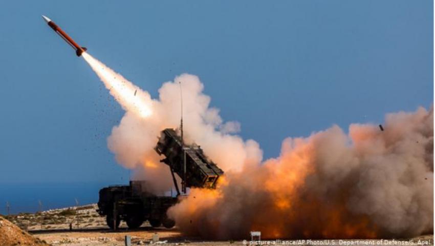 دويتشه فيله: تصدير «ميركل» السلاح للإمارات  يهدد آلاف الألمان في الدولة الخليجية
