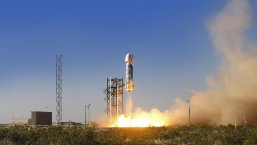 شركة فضاء خاصة تختبر صاروخا