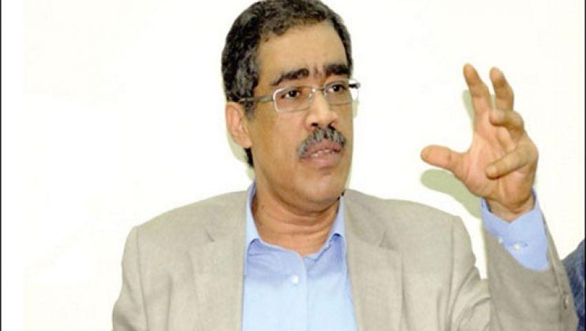 مناوشات بين ضياء رشوان وصحفيي الجرائد المتوقفة