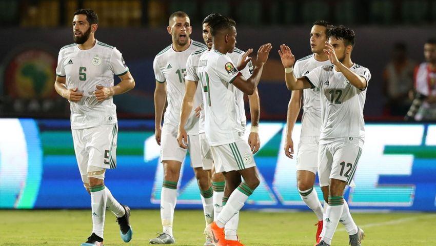 بعد وداع المغرب ومصر.. «محاربو الصحراء» يحملون آمال العرب أمام غينيا