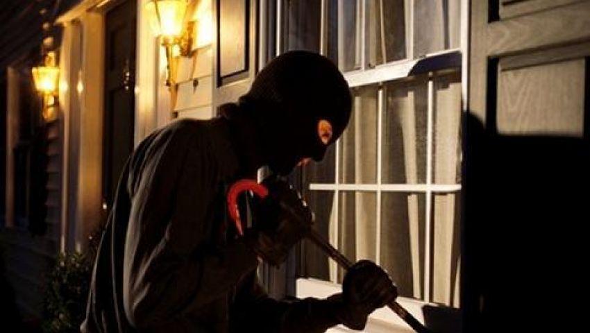 تخطت المليون ونصف جنيهًا.. تفاصيل القبض على أكبر عصابة لسرقة المدارس