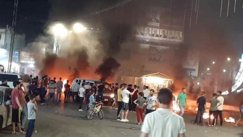 لليوم الثاني.. تجدد «احتجاجات السجائر» بالرمثا الأردنية