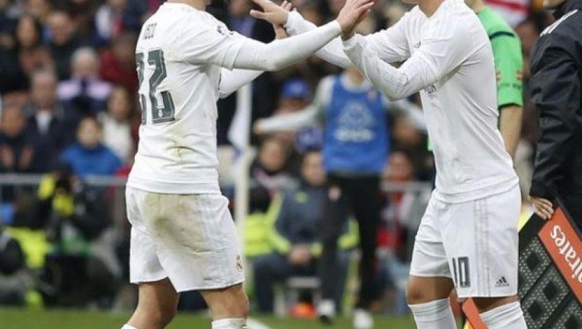 فيديو.. جيمس يفتتح التهديف لريال مدريد أمام إيبار