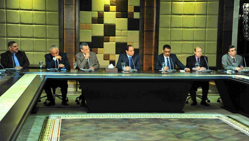 ن.تايمز: الإعلام المصري يرسمن التطبيل