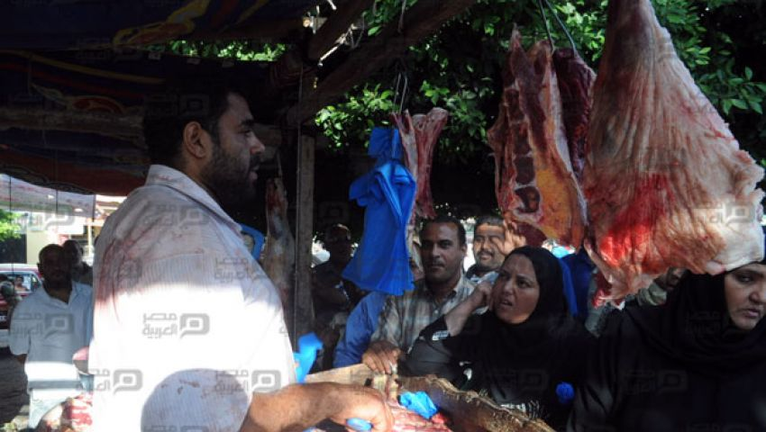 أصحاب محال الجزارة: منافذ بيع اللحوم وقفت حالنا