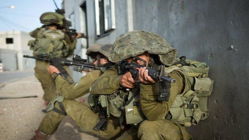 فيديو: الاحتلال يحاصر قرية فلسطينية.. تعرف على السبب