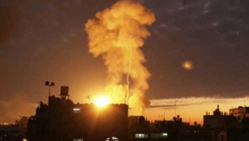 الاحتلال يقصف موقعًا لـ «حماس».. وخلافات بين قادة «إسرائيل» حول المستوطنات