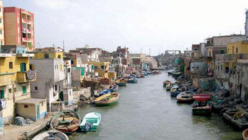 قطار التطوير يطيح بمساكن «بحيرة مريوط».. والصيادون: نواجه البرد بلا مأوى