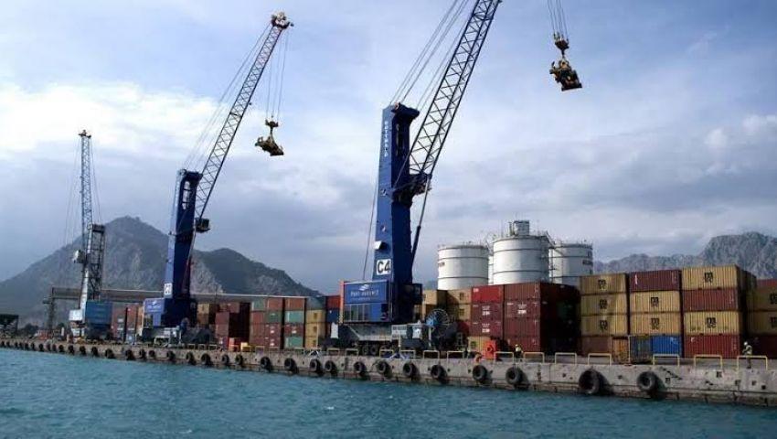 تراجع صادرات الصين للشهر الرابع على التوالي