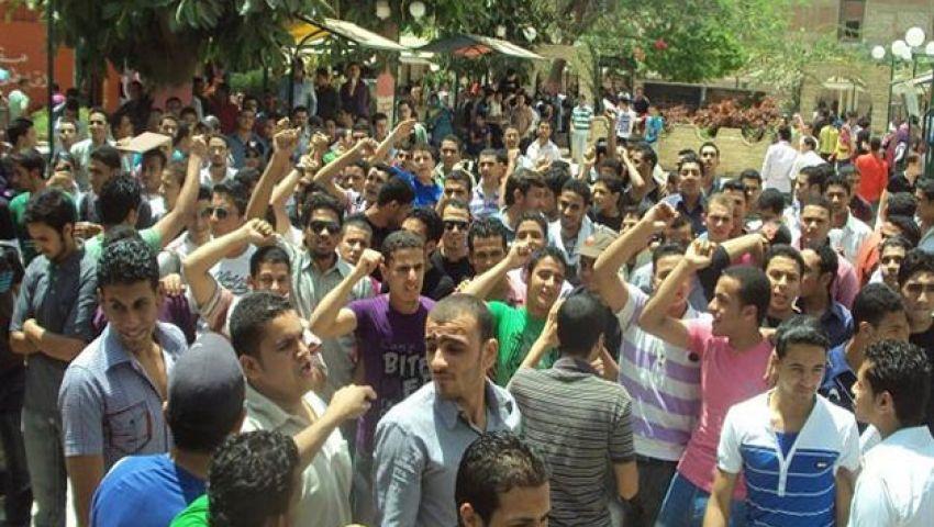 احتجاجات بجامعه بني سويف تنديدا باعتقال أساتذة وطلاب